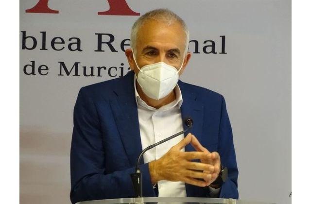 El PSOE denuncia que el Gobierno regional del Partido Popular asfixia al sector hostelero y genera inseguridad jur�dica, Foto 1