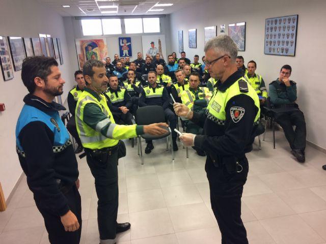Más de 35 agentes de la Policía Local de diferentes municipios del Guadalentín finalizan el curso sobre delitos contra la seguridad vial y detección de drogas, estupefacientes y sustancias psicotrópicas en los conductores - 3, Foto 3