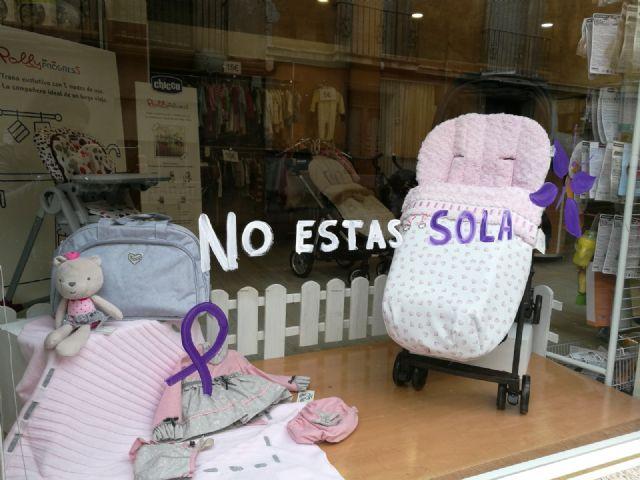 Los comercios de Bullas hacen campaña en contra de la violencia machista - 2, Foto 2