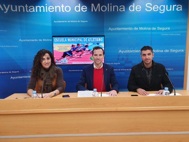 Molina pone en marcha la Escuela Municipal de Atletismo en el Polideportivo El Romeral - 2, Foto 2