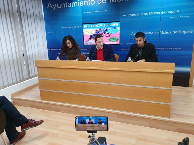 Molina pone en marcha la Escuela Municipal de Atletismo en el Polideportivo El Romeral - 3, Foto 3