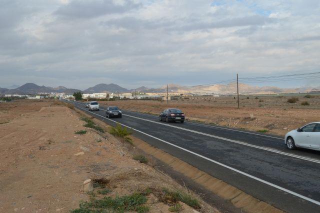 Carreteras habilita un acceso provisional al complejo deportivo a partir del martes 27 de diciembre, Foto 1