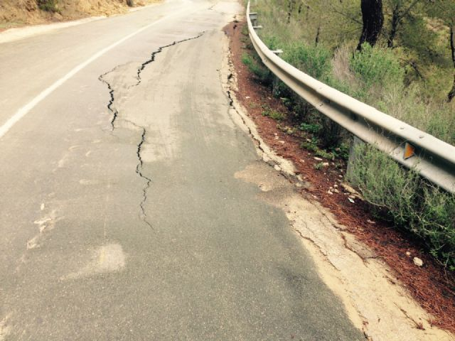 El Ayuntamiento de Alhama solicita el arreglo urgente de la carretera de Gebas, Foto 3