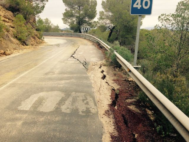 El Ayuntamiento de Alhama solicita el arreglo urgente de la carretera de Gebas, Foto 6