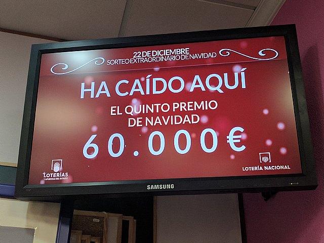 Librería Atenas de Totana vendió parte del 5º premio de la Lotería de Navidad - 3, Foto 3