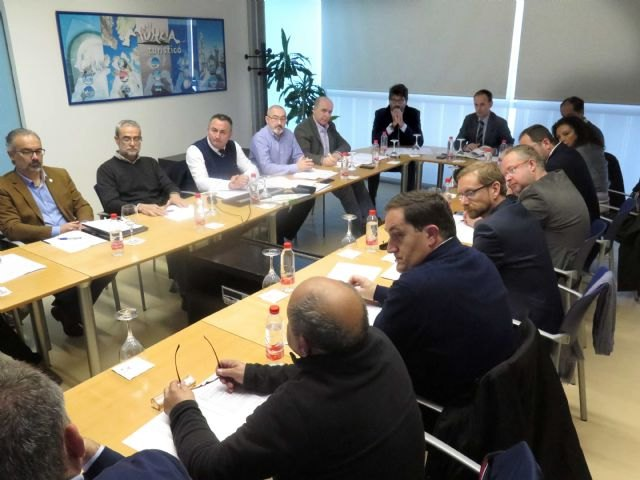 Una nueva ordenanza regulará el uso de las Vías Verdes de la Región, Foto 1