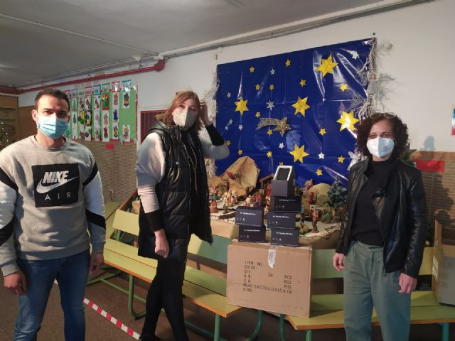 El Ayuntamiento lleva a cabo la instalación de medidores de CO2 en todos los centros educativos del municipio durante las fiestas navideñas - 3, Foto 3