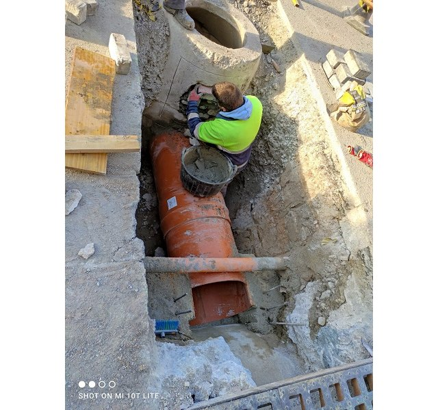 Obras y Servicios comienza la mejora del sistema de recogida de aguas pluviales de la parte final de la Gran Vía - 1, Foto 1