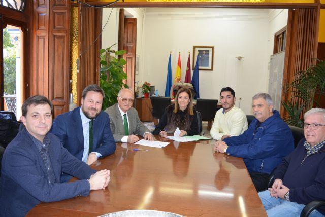 Estrella de Levante suscribe un convenio de colaboración con el Ayuntamiento de Águilas para el patrocinio de las fiestas de la localidad - 1, Foto 1