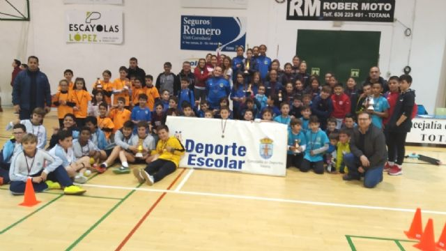 End of the Local Phase of Multisport and Soccer School Sports Hall, with the delivery of trophies