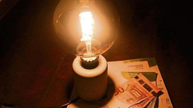 El Partido Popular de Puerto Lumbreras llevará a pleno una moción de urgencia para que el Gobierno de España adopte medidas para rebajar el precio de la luz - 1, Foto 1