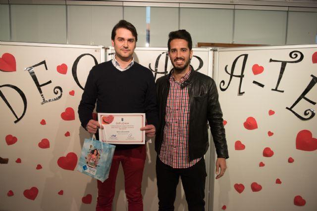 Miguel López y Miguel Lorente ganan los primeros premios del certamen de poesía Declárate, Foto 3