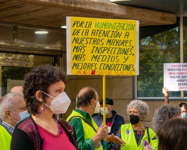Podemos solicita la comparecencia de Isabel Franco para que dé cuenta sobre la gestión de la pandemia y la vacunación en las residencias, Foto 1