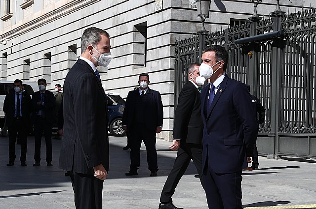 El presidente del Gobierno asiste en el Congreso al acto del 40 aniversario del 23F - 4, Foto 4