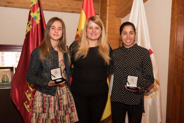 Mayte Vera y Miriam Sánchez reciben el reconocimiento municipal por sus logros deportivos - 1, Foto 1