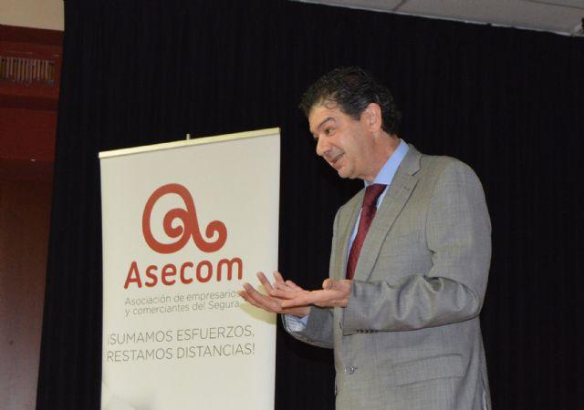 Los socios de ASECOM aprenden a sacarle el mayor rendimiento comercial a sus móviles - 2, Foto 2