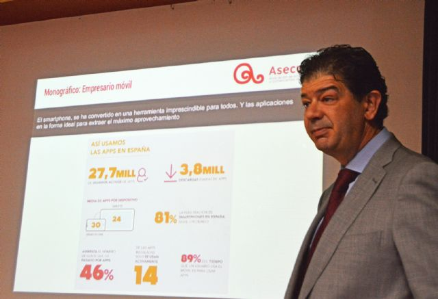 Los socios de ASECOM aprenden a sacarle el mayor rendimiento comercial a sus móviles - 4, Foto 4