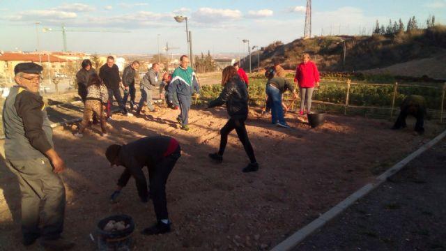 El Colectivo El Candil desarrolla en Totana diversas acciones para la inserción laboral de personas en situación de vulnerabilidad social, Foto 2