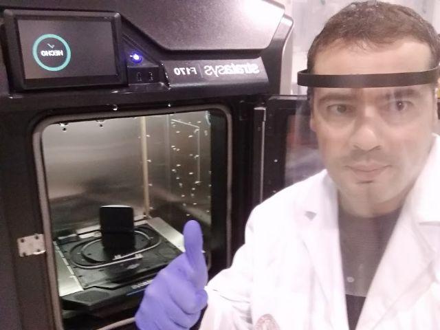 La Universidad de Murcia entrega al SMS viseras de protección facial fabricadas con impresoras 3D - 2, Foto 2