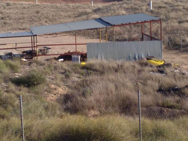Iu verdes demanda el desmantelamiento y limpieza de la antigua planta de basuras - 3, Foto 3