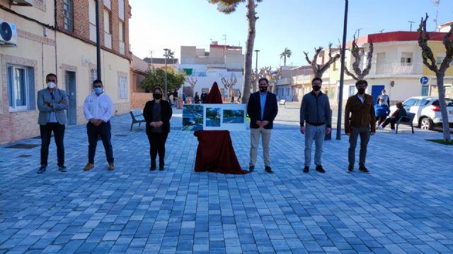 Finalizados los trabajos de pavimentación y acondicionamiento de Plaza situada junto a la Avenida de La Constitución de Los Narejos - 1, Foto 1
