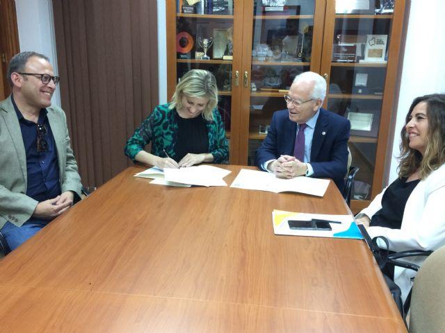 El Ayuntamiento de Molina de Segura firma un convenio de colaboración con Proyecto Hombre para un proyecto de atención a personas con problemas de adicción - 1, Foto 1