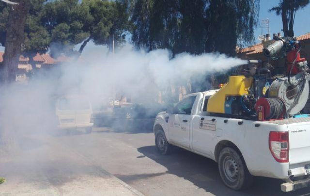 Continúan los trabajos de desinsectación frente a los mosquitos, Foto 3