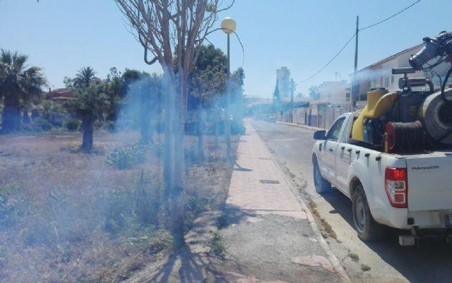 Continúan los trabajos de desinsectación frente a los mosquitos, Foto 4
