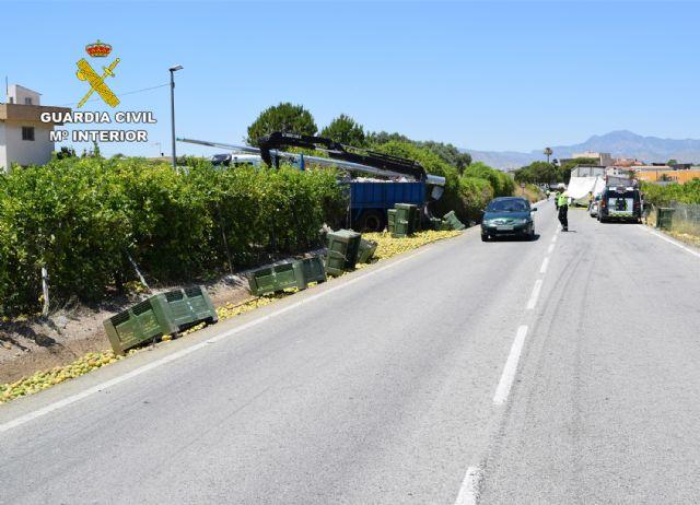 La Guardia Civil investiga al conductor de un vehículo articulado de 40 toneladas por quintuplicar la tasa de alcoholemia permitida - 1, Foto 1