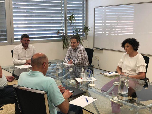 Ayuntamiento y regantes de Puerto Lumbreras solicitan al consejero de Agua y Agricultura mejoras para el municipio - 2, Foto 2