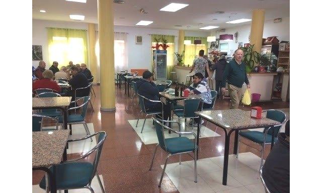 Hasta el próximo día 2 de julio tienen de plazo los interesados en concurrir al nuevo procedimiento para prestar el servicio de bar-cafetería en el Centro Municipal de Personas Mayores - 1, Foto 1