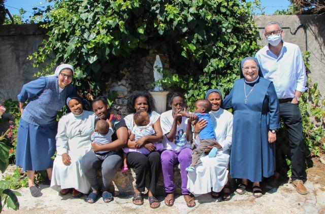 Unas misioneras y una ONG con mucho corazón - 1, Foto 1