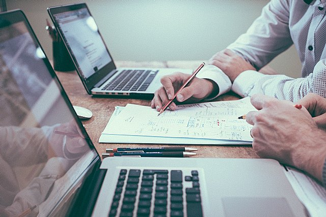 La jornada intensiva reduce la carga laboral y promueve la formación de los empleados - 1, Foto 1
