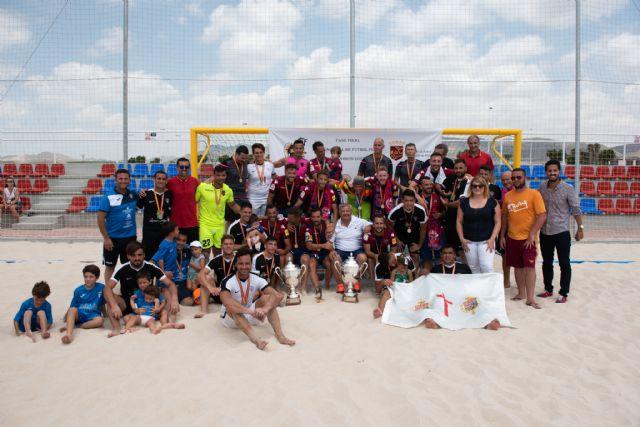 Subcampeonato para el bala azul en la fase final de la liga nacional de fútbol playa celebrada en Mazarrón, Foto 1