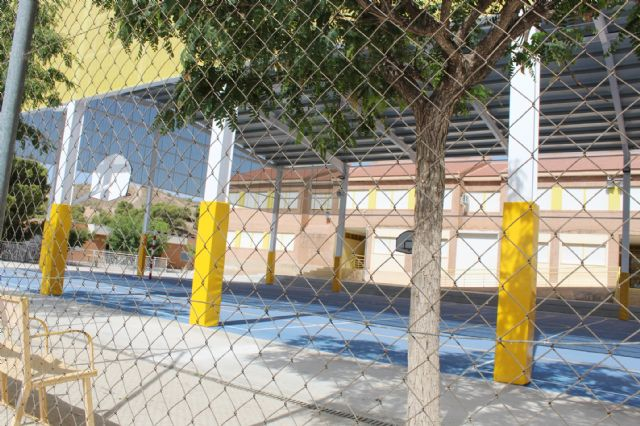 """The educational community of CEIP """"San José"""" can now enjoy the facilities of the new sports court this 2019/20 school year, Foto 4"""