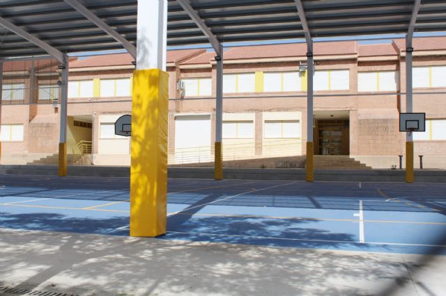 """The educational community of CEIP """"San José"""" can now enjoy the facilities of the new sports court this 2019/20 school year, Foto 6"""