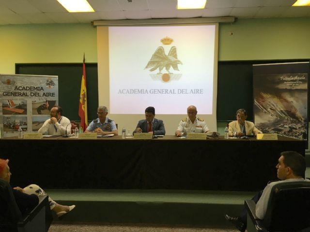 El alcalde clausuró las I Jornadas de Periodismo, Protocolo y Fuerzas Armadas - 1, Foto 1