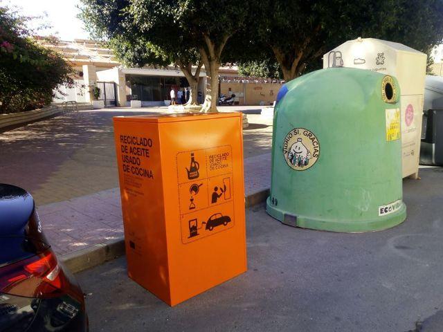El Ayuntamiento de Alcantarilla instala nuevos contenedores para la recogida y reciclado de aceite usado de cocina - 2, Foto 2
