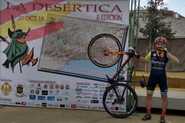 Antonio Ginés Cánovas de Framusa Saltamontes 12º de la general y 4 Máster 30 en la Desértica de Almería - 1, Foto 1