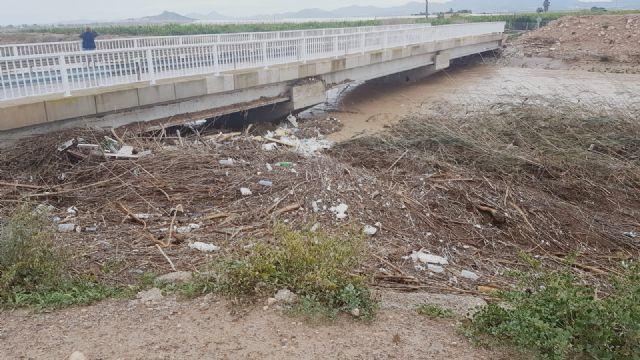 El delegado del Gobierno anuncia obras de emergencia en el canal de drenaje D7 en Los Alcázares en su conexión con la rambla del Albujón - 1, Foto 1