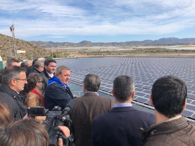 La CRM instala una innovadora planta solar fotovoltaica en su desaladora Virgen del Milagro - 1, Foto 1