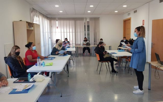 El Candil Collective initiates an occupational training action for Social and Health Care for Dependent People