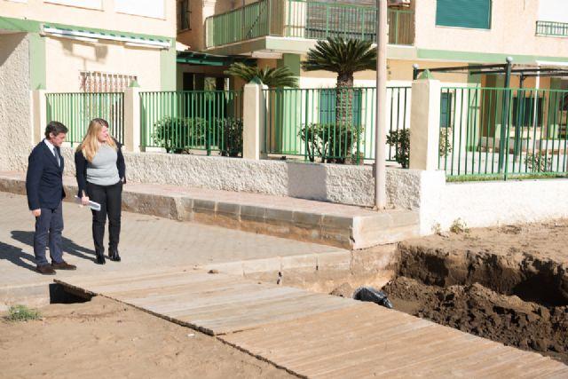 El Delegado del Gobierno comprueba los daños en la costa de Mazarrón ocasionados por el temporal, Foto 2