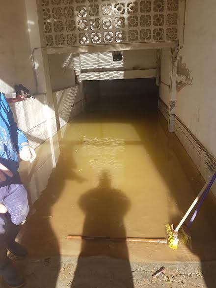 Protección Civil de Totana coopera en las labores de achique de agua en viviendas en Los Alcázares tras las inundaciones - 3, Foto 3
