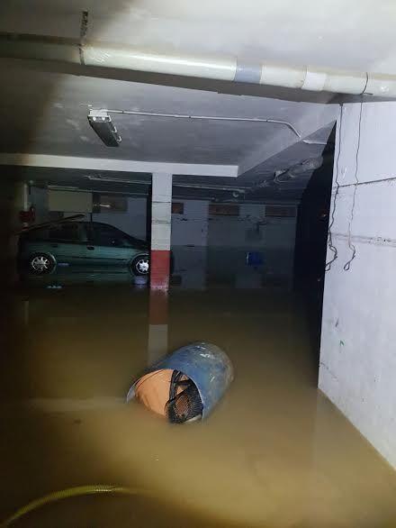 Protección Civil de Totana coopera en las labores de achique de agua en viviendas en Los Alcázares tras las inundaciones - 4, Foto 4