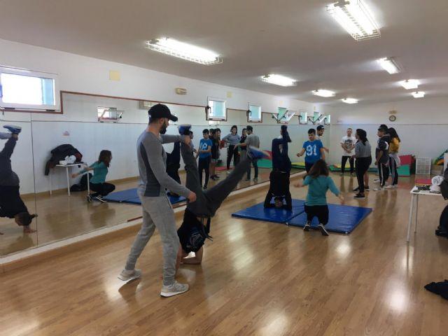 Los jóvenes torreños aprenden a bailar breakdance - 1, Foto 1