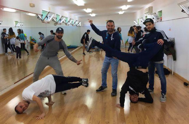 Los jóvenes torreños aprenden a bailar breakdance - 2, Foto 2