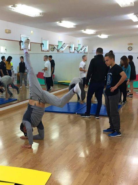 Los jóvenes torreños aprenden a bailar breakdance - 3, Foto 3