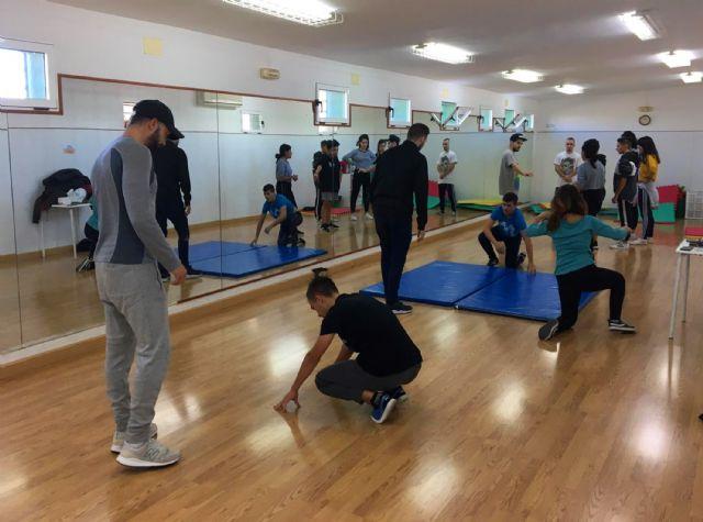 Los jóvenes torreños aprenden a bailar breakdance - 4, Foto 4