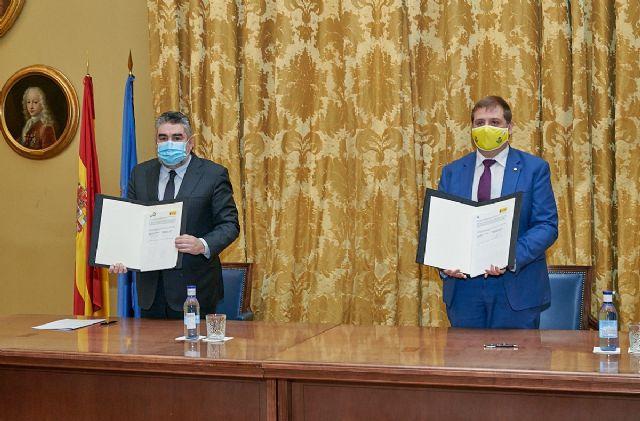 El presidente de Correos y el ministro de Cultura y Deporte firman un convenio para apoyar a las librerías de proximidad - 1, Foto 1